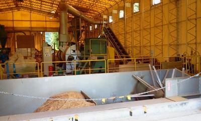 木質ペレット工場