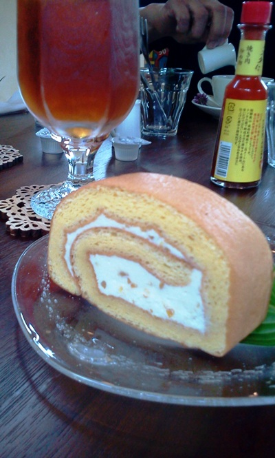ぽっちり堂小夏のロールケーキ
