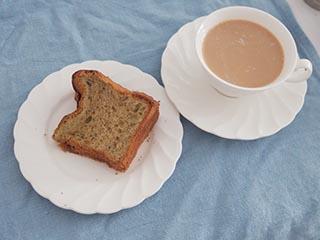 抹茶とミルクのケーキ
