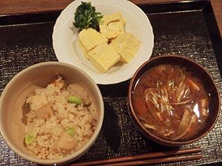 竹の子とそら豆の炊き込みご飯