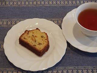 柑橘類のケーキとお茶1807