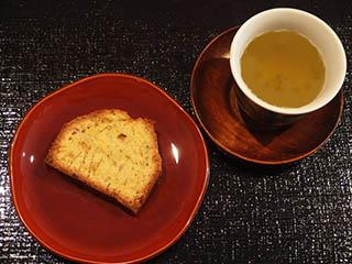 しょうがのけーきとお茶1807