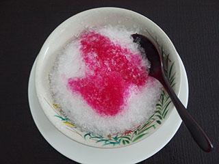 赤いかき氷1808