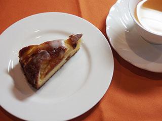 昔風りんごのケーキとお茶1810