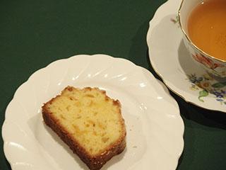 柚子のクランブルケーキとお茶1812