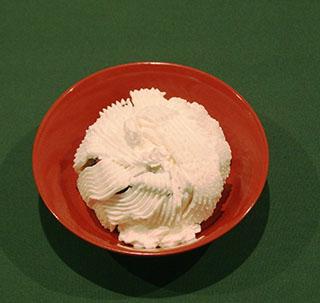 スポンジのチョコレートケーキ18121