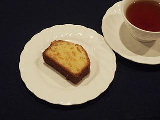 柚子のクランブルケーキとお茶1901