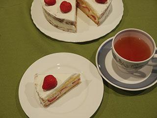 ショートケーキとお茶1905