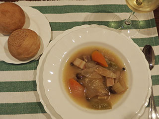 スープとパン1905
