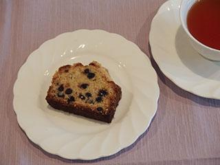 ブルーベリークランブルケーキとお茶1906
