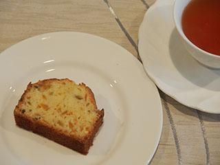 柑橘類のケーキとお茶1907