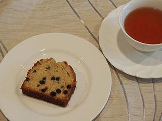 ブルーベリークランブルケーキとお茶1907