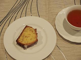レモンピールケーキとお茶1908
