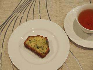 抹茶のマーブルとお茶1908