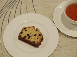 ブルーベリークランブルケーキとお茶1908