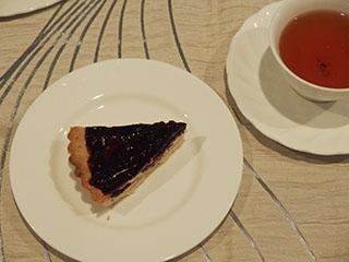 ブルーベリーチーズタルトとお茶1908