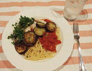 トマトとなすのパスタ1908