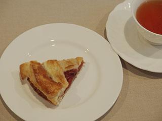 ルバーブパイとお茶1909