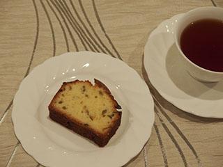 かぼすのケーキとお茶1910