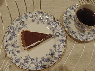 生チョコタルトとお茶2001