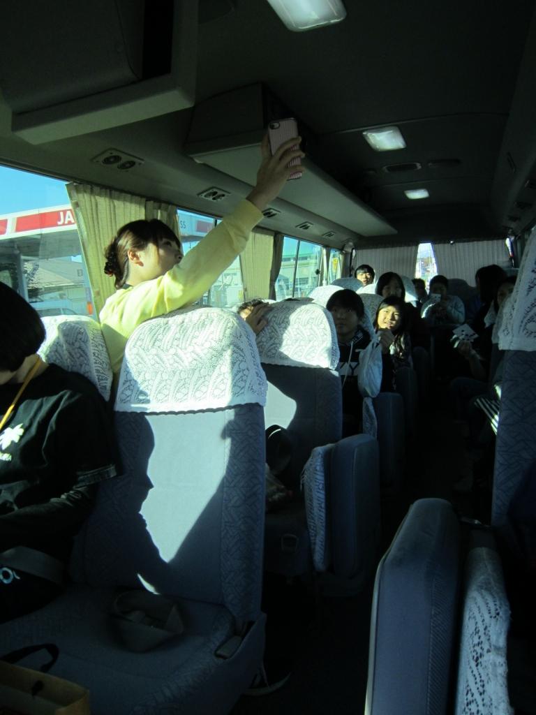 H30スマイルきっず 川渡・岩出山バス車内1