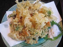 海鮮と野菜のかき揚げ