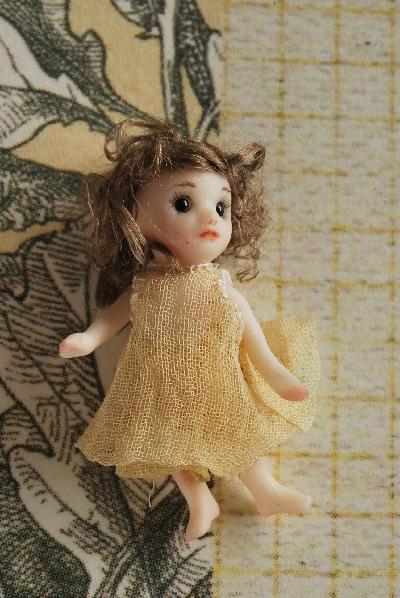 ミニチュア ビスクドール 雛罌粟人形堂