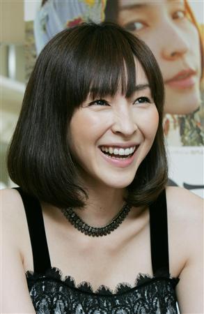 麻生久美子さん