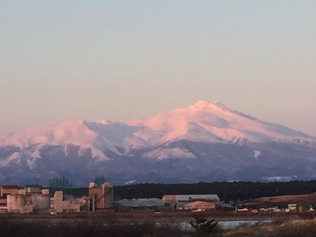 鳥海山の雪景色