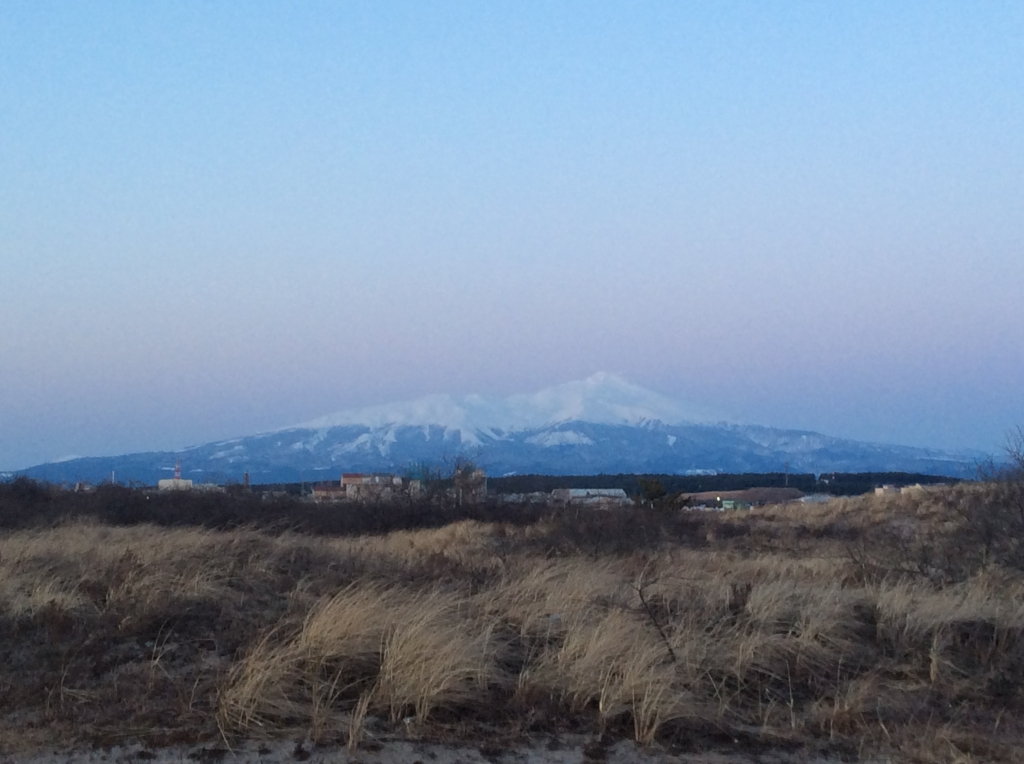 日没後の鳥海山