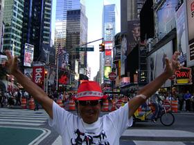 間寛平アースマラソンNYニューヨーク到着