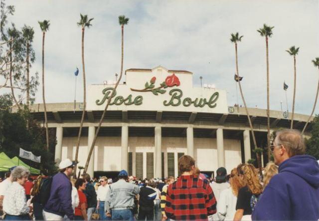 「ロサンゼルス ローズボール」の画像検索結果