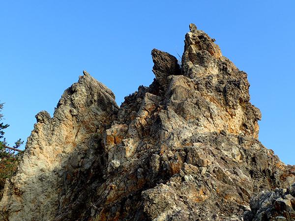 岩上01.jpg