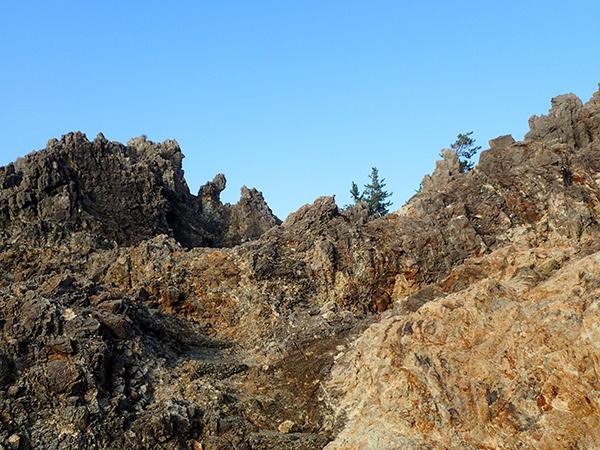 岩上02.jpg