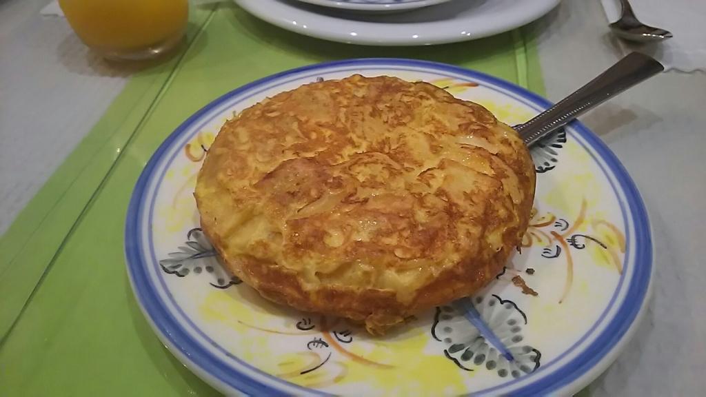 スペインオムレツ