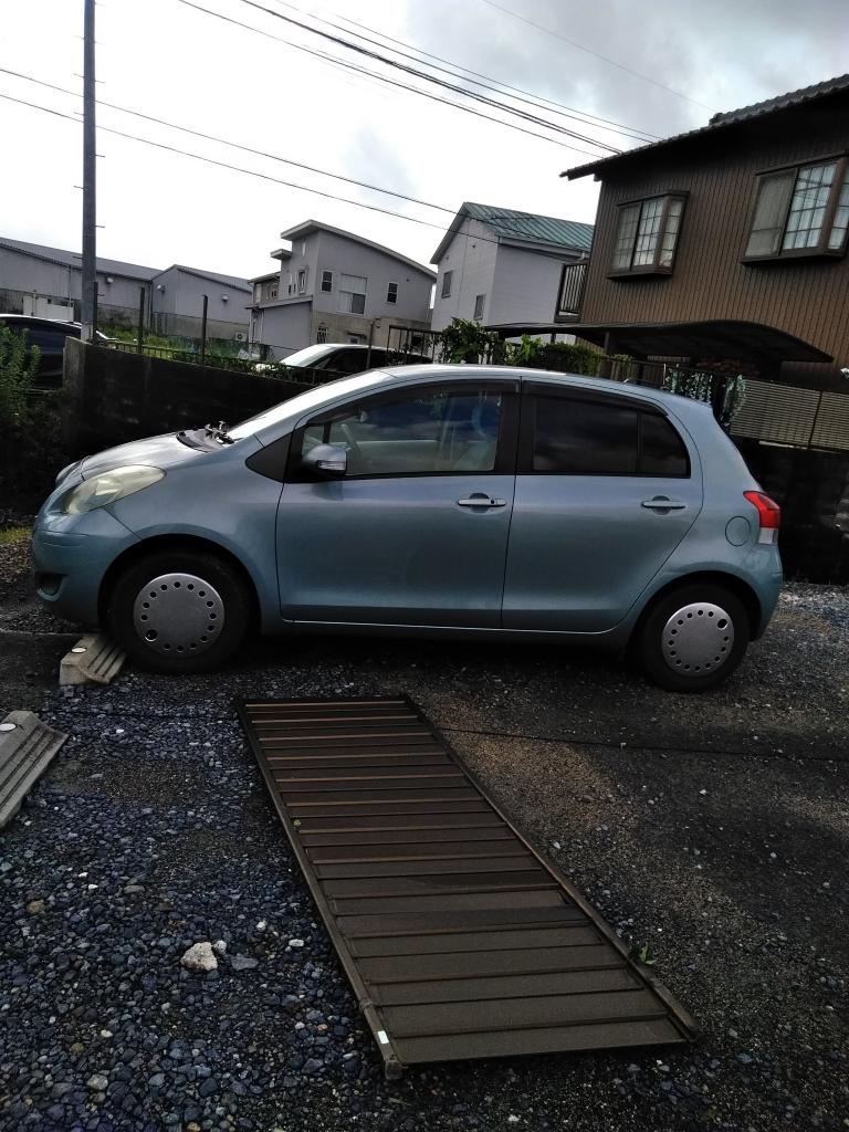 台風 自動車1