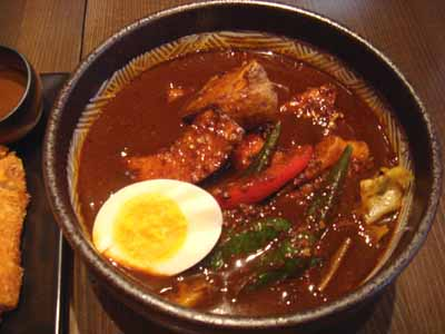 Curry Mind マインドブラックスープ ポークカツ+レンコン、オクラ、ポーク辛さ10(ピッキーヌ40本分相当)