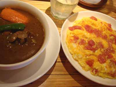 Massara チキンと野菜のカリーとかきたまライス