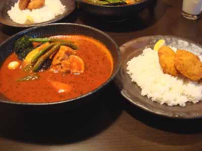 lavi CHITOSE 角煮to野菜 カキフライ、ブロッコリートッピングとごはん