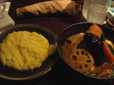 yellow 豚角煮カリー 辛さ5番(トロンパス) フィッシュフライトッピングとごはん