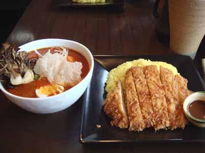 Curry Mind マインドスープ 辛さ30番 知床鶏チキンカツ 舞茸トッピングとごはん