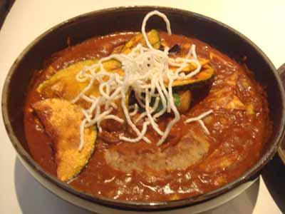ひげ男爵 ハンバーグ かぼちゃ増量、豆、フィッシュフライ 辛さ150番