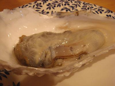 とら 生牡蠣