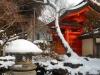 雪中の境内