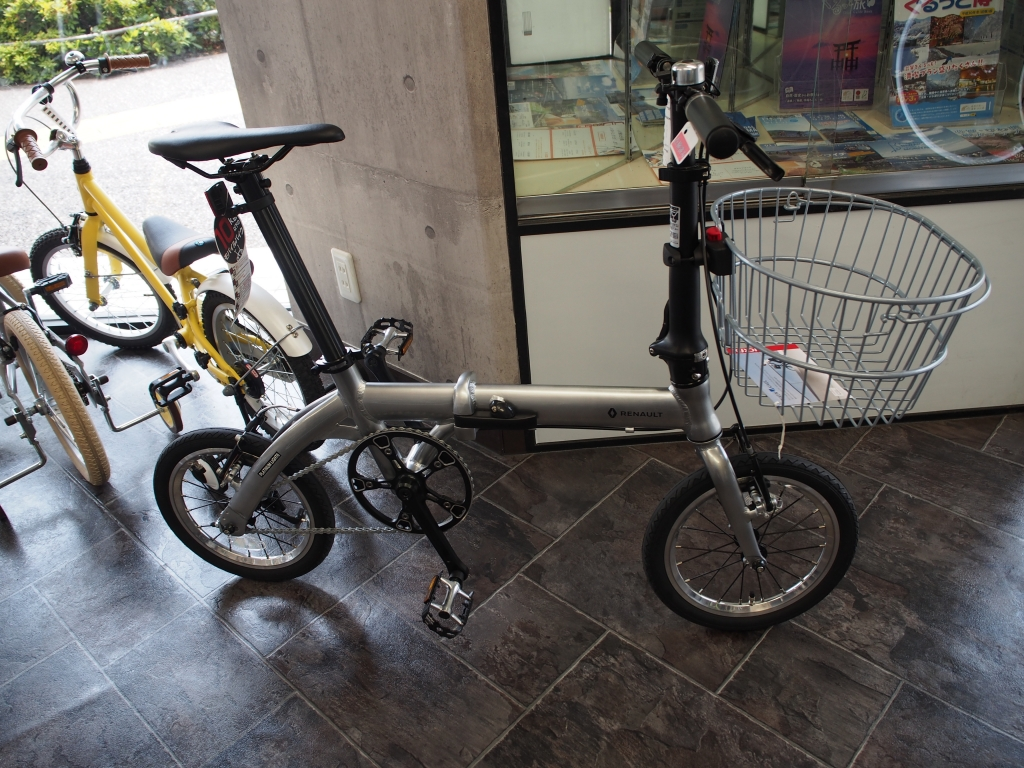 PLATINUM LIGHT 6、カゴ、ちいさな自転車家