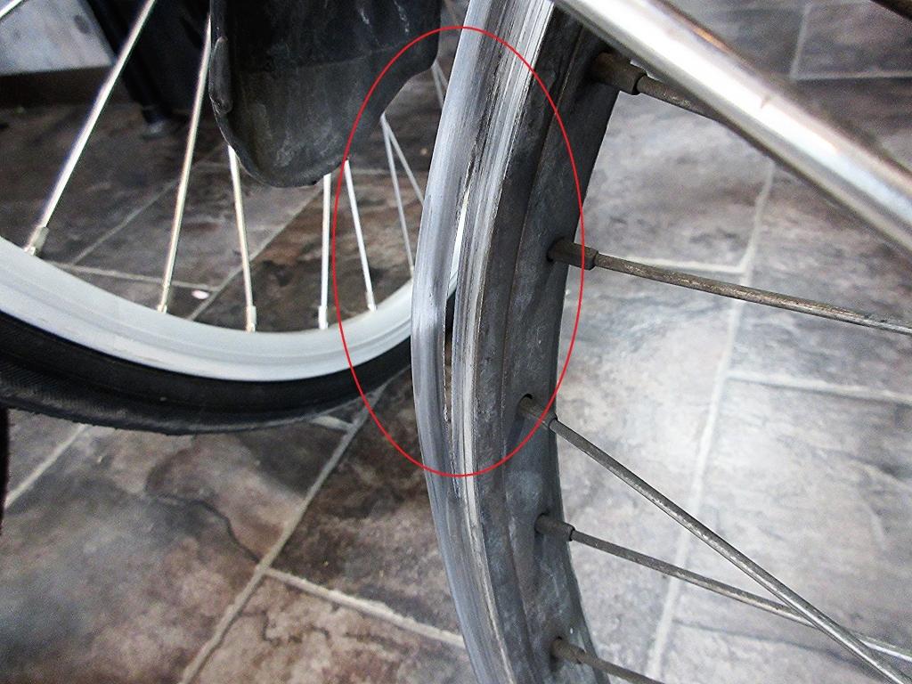 ちいさな自転車家 修理 パンク
