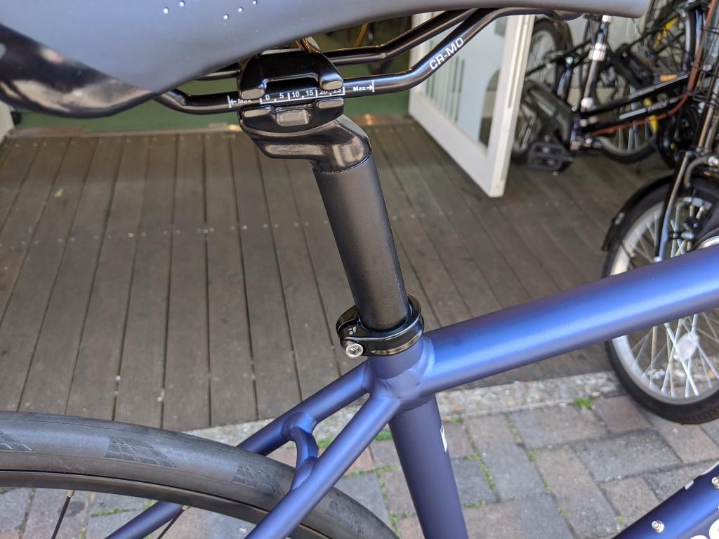 ちいさな自転車家 KhodaaBloom FARNA DISC 105 ロードバイク