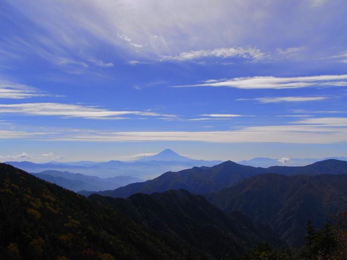 甲武信ヶ岳からの富士山