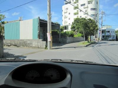 従業員駐車場への路地 001 (13).jpg