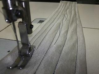 1本針本縫い針送りミシン
